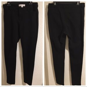 Old Navy Mid Rise Pixie Black Dot Full Length Pant
